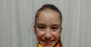Altın Kız Ayşe Begüm Onbaşı 15 yaşında ama şimdiden 35 altın madalya kazandı