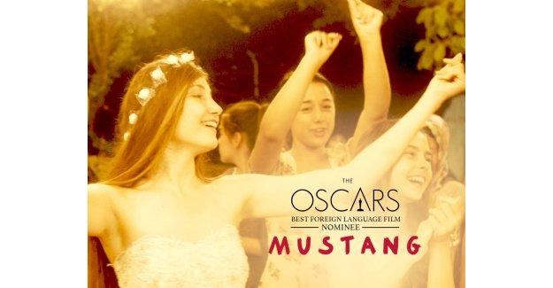 Türk Kadın Yönetmenin Filmi Mustang Oscar İçin Yarışıyor