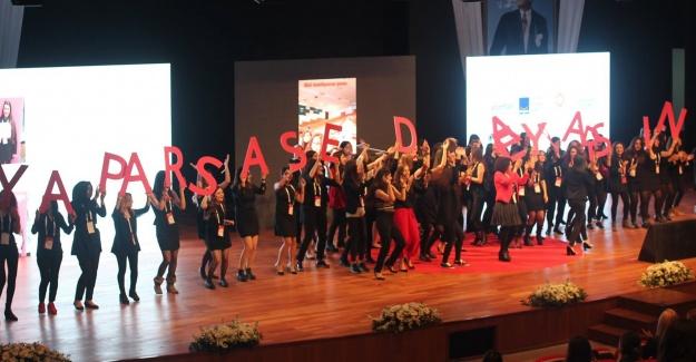 TurkishWIN Genç Kariyer Günü Coşkuyla Kutlandı