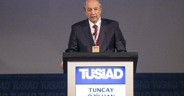 """Tuncay Özilhan:""""Bu tüm partilerimize bir çağrıdır. Gün birlik ve beraberlik günüdür"""""""