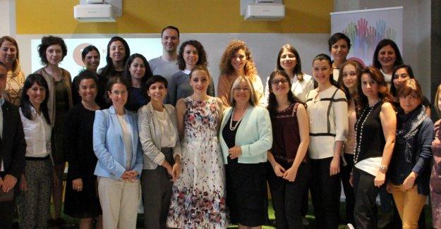 """Kadın Liderlik Platformu;""""Şirketlerde Kadın Network'ü Olsun"""""""