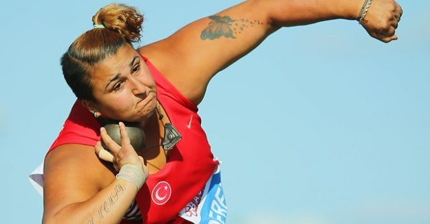 Emel Dereli güllede bronz madalya kazandı
