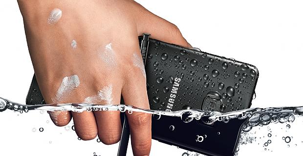 Samsung yeni Galaxy Note7 suya dayanıyor