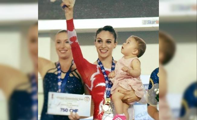 """Dünya Artistik Cimnastik Şampiyonu Göksu ÜçtaşŞanlı,""""Kadın sporcu anne olunca sporu bırakmasın"""""""