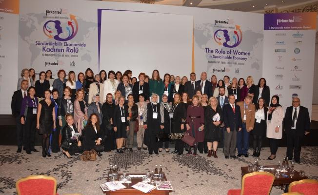 """TÜRKONFED Başkanı Kadooğlu: """"2017 yılını kadın yılı ilan ettik"""""""