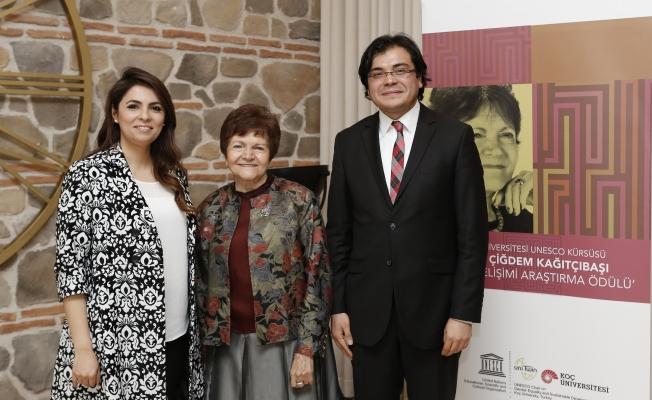 İnsan gelişimi araştırma ödülünü Şebnem Özdemir ve  Miraç  Gönültaş kazandı