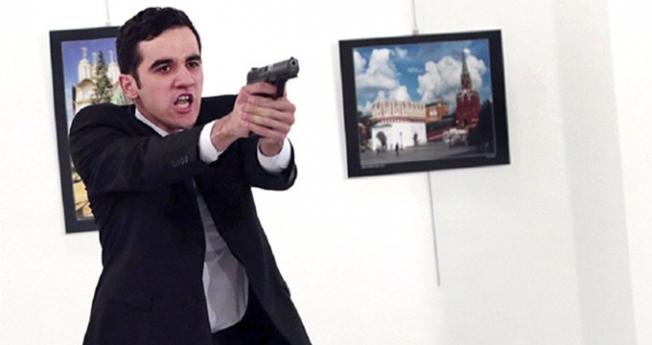 Rusya Büyükelçisi Karlov'a suikast