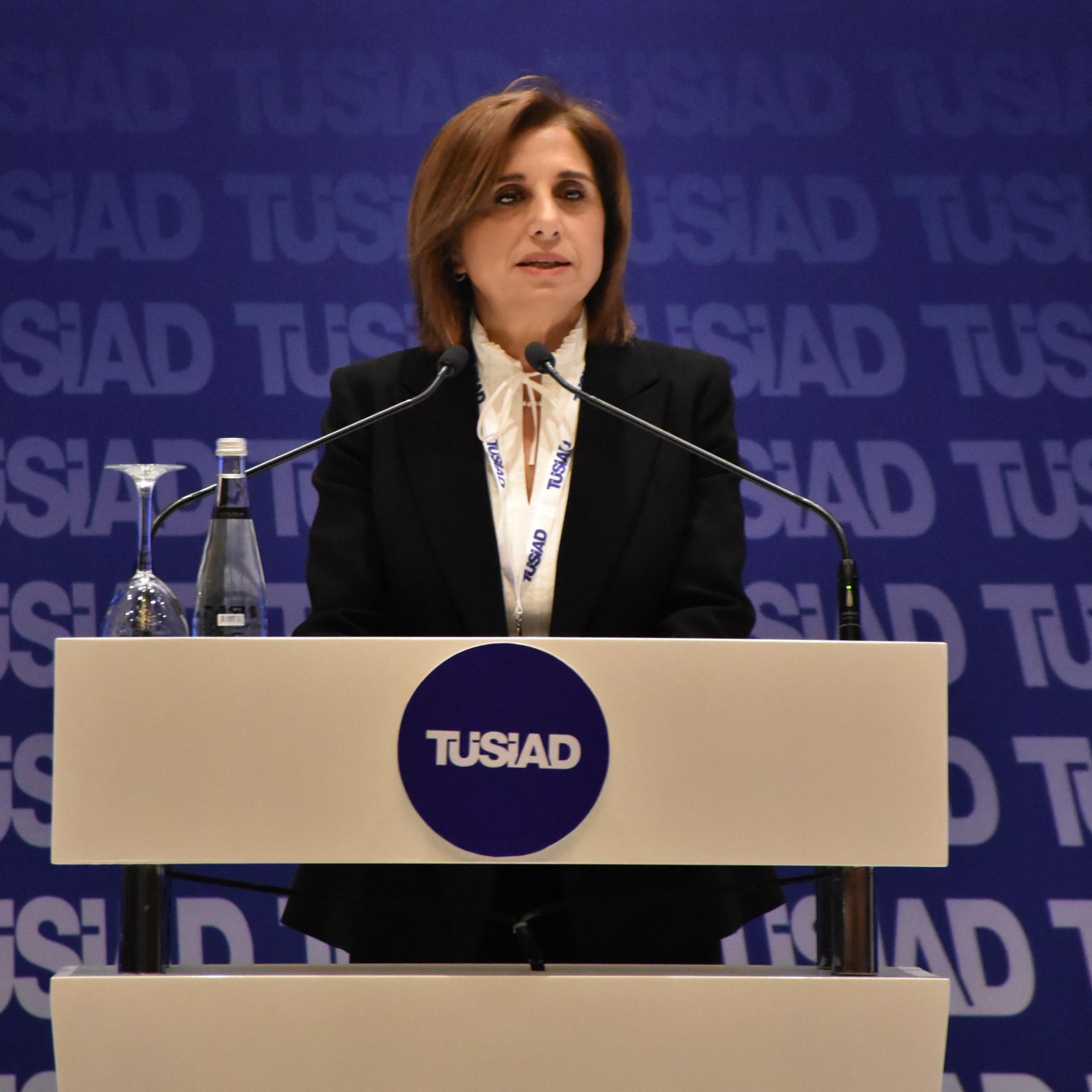 """TÜSİAD Başkanı Cansen Başaran Symes""""Türkiye'nin normalleşmeye ihtiyacı var, OHAL kaldırılsın"""""""