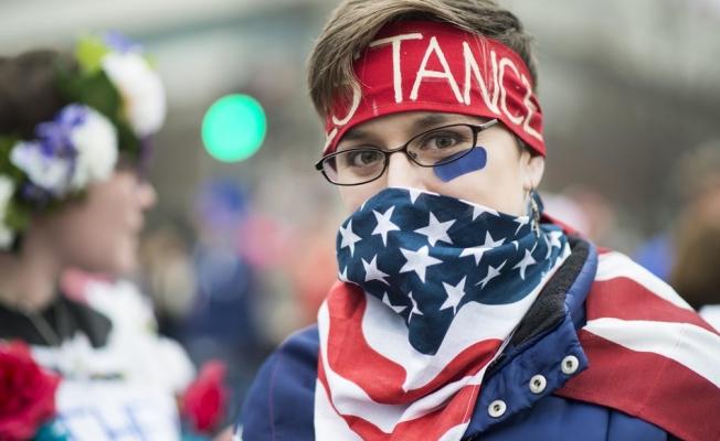 Kadınlar, Trump'ın cinsiyetçi ve ayrımcı söylemlerini protesto etti