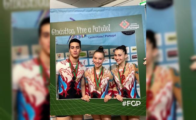 Altın Kız Ayşe Begüm Onbaşı, Türkiye Şampiyonası'nda 4 altın madalya kazandı