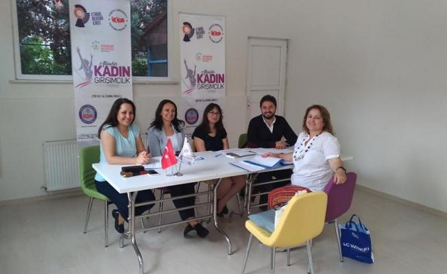 Girişimci olmak isteyen kadınlara AKAGİM'den ücretsiz eğitim