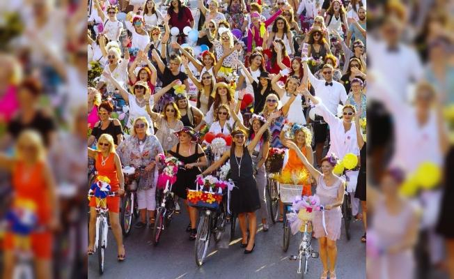 5 Maddede Süslü Kadınlar Bisiklet Turu nedir, ne değildir, ne zaman?