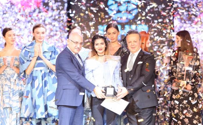İTHİB, İstanbul Uluslararası Kumaş Tasarım Yarışmasını Sebiha Alganer kazandı
