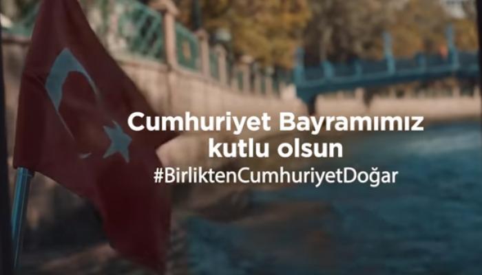 Sabancı'nın Cumhuriyet Bayramı filmi #BirliktenCumhuriyetDoğar duygulandırdı