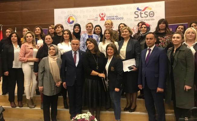 İş kadınları, TOBB'un Sivas'taki 'Ekonomide Kadın Gücü'nde sorunları ele aldı