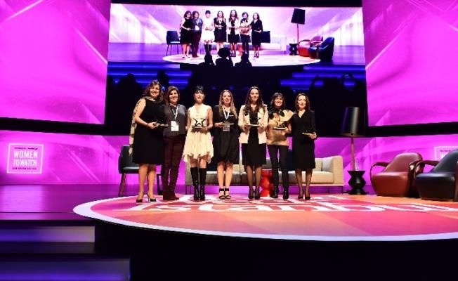 Women to Watch 2017'de Türkiye'nin Fark Yaratan 8 kadını ödüllendirildi
