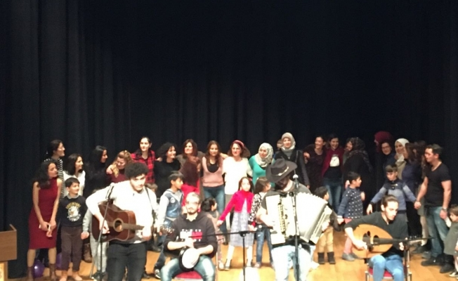 KADAV'dan Suriyeli kadınlar için yılbaşı kutlaması