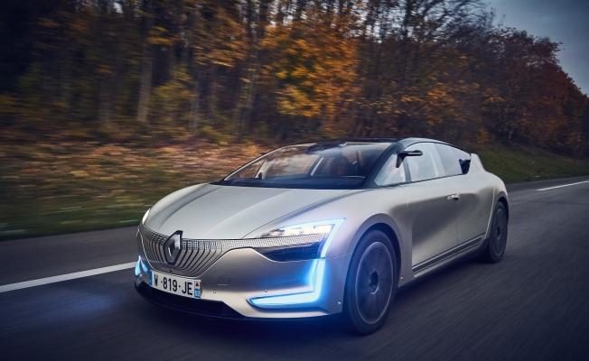 Renault SYMBIOZ ile otonom sürüş başlıyor