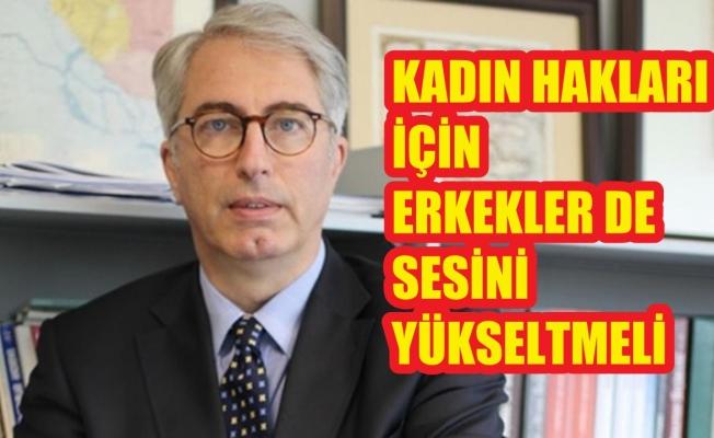 """Murat Yetkin isyan etti;""""Kadın hakları için erkekler de sesini yükseltmeli"""""""