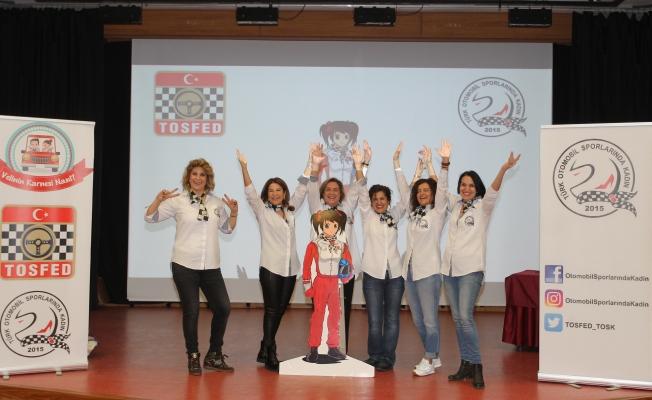 TOSFED Kadınlar Kurulu, öğrencilere trafik eğitimi veriyor