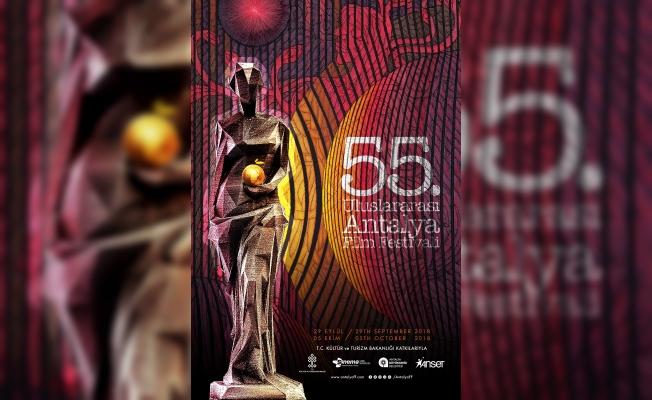 Ahmet Güneştekin eseri, Antalya Film Festivali afişinde