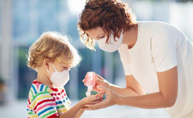 Shell Türkiye ve Organik Kimya'dan, Sağlık Bakanlığı'na dezenfektan desteği verdi
