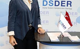"""DSDER Başkanı Gül Gürer Alimgil;""""Orta gelir eşiği dijital dönüşümle aşılabilir"""""""