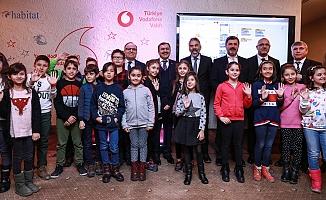 Vodafone, Afyon'da 500 çocuğa kodlama öğretecek