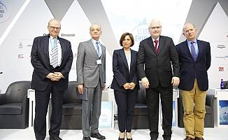 Uludağ Ekonomi Zirvesi'nde Türkiye-AB İlişkileri Tartışıldı