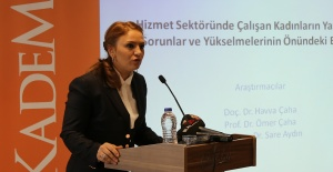 """KADEM Başkanı Sare Aydın; """"Kadına 2 Rolü Yüklemek İnsafsızlık"""""""