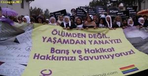 Kadınlar Barış Nöbeti'nde