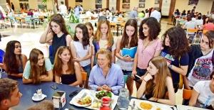 Sosyal Sorumlulukta Güler Sabancı Yine Şampiyon