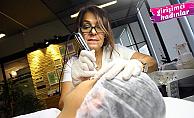 Kadın girişimci Ergül Keskin, Türkiye'nin ilk kalıcı makyaj akademisini kurdu
