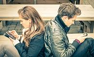 Kadınlar erkeklerden daha hesaplı alışveriş yapıyor