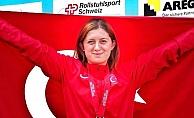 Özel sporcu Fatma Damla Altın, İsviçre'de Dünya 2'ncisi