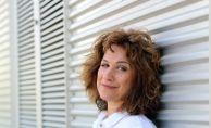 """Ayşegül Sönmez """"Türk Resminin İçinde"""" Video Serisi Hazırlıyor"""